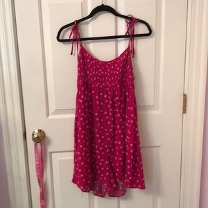 A urban outfitters floral/magenta large romper